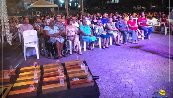 EXIBIÇÃO DO DOCUMENTÁRIO DE PONTA DA SERRA A ITAPORA DO TOCANTINS